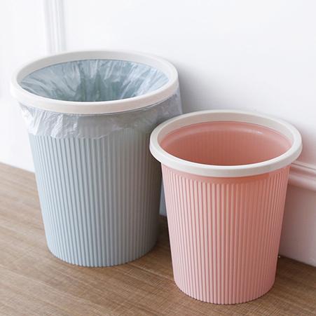 ถังขยะและถุงขยะ